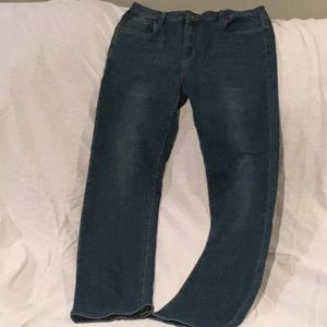 Q) Boys Lucky Brand, worn, Excellent condition